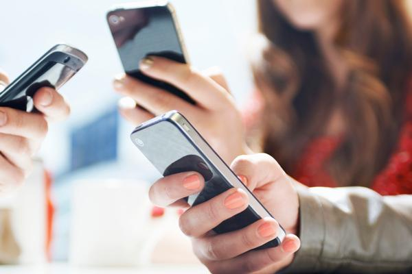 Mobile Phones with Best Battery Backup